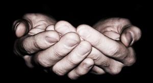 Tuhan, jagalah tanganku ini...